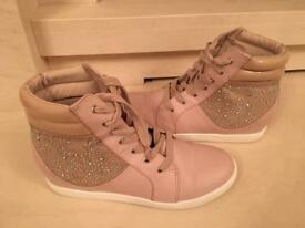 Next High Tops nude size 4