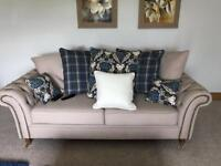 3 and 2 seater sofa/suite as new