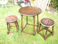 Bar table 2 stools