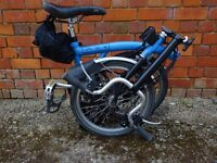 Two M6L Brompton Folding bikes for sale with one S-Bag and one T-Bag, 2 lightweight covers bike