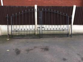 Wrought iron gates 9ft x 4ft10