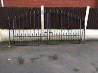 Wrought iron gates 9ft x 4ft10