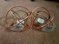 Set of 2 beautiful copper coloured tealight candle holders