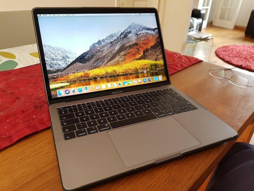 apple macbook pro 13 inch 2017 i5 2 3ghz 8gb 256gb space. Black Bedroom Furniture Sets. Home Design Ideas