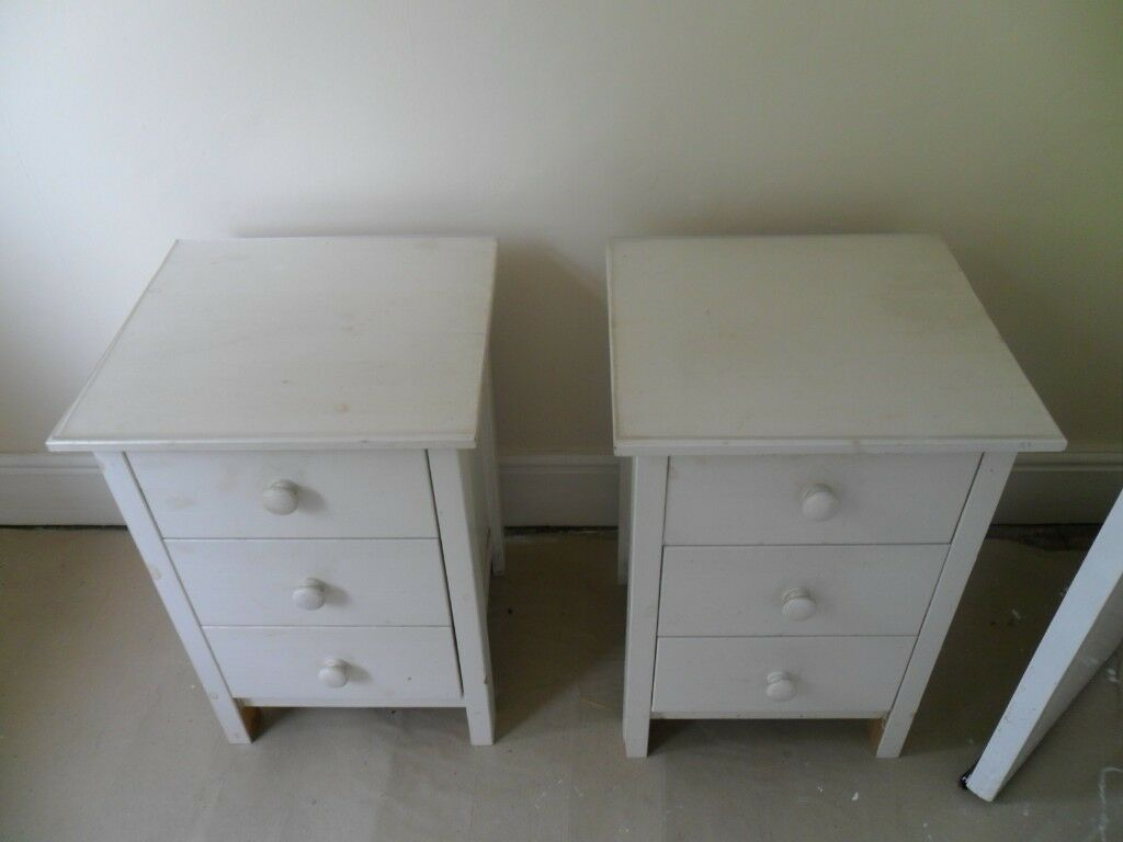 White Bedside Cabinets Set Of 2 In Coventry West Midlands Gumtree