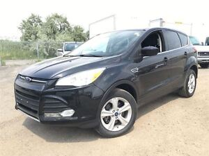 2013 Ford Escape SE w/Bluetooth, Heated Seats & Steering Control