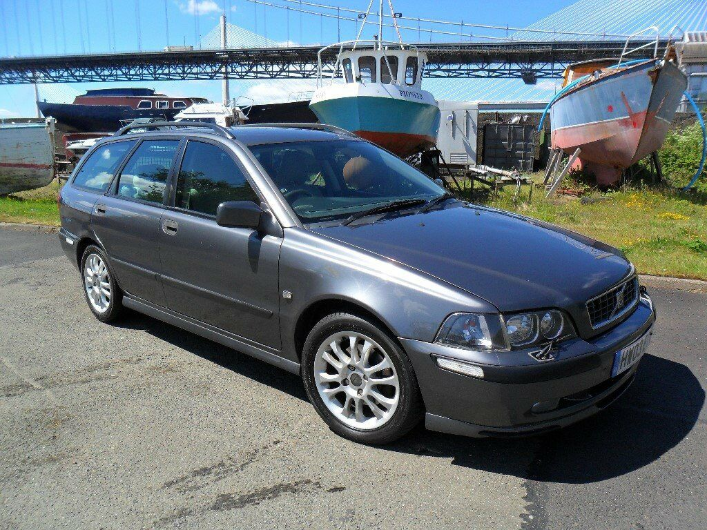 rare 2003 volvo v40 sport diesel estate exceptional condition motd in inverkeithing. Black Bedroom Furniture Sets. Home Design Ideas