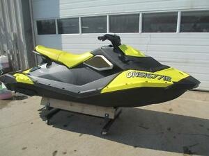 2016 Sea-Doo SPARK 3-UP ROTAX 900 ACE + IBR + CONVENIENCE