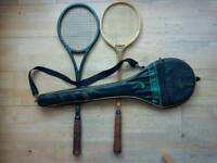 2 SQUASH RACKETS & CARRY CASE