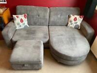 3/4 person sofa & storage footstool 🤍