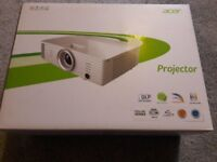 Acer H6502BD 1080P 3D Projector NEW !