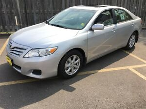 2010 Toyota Camry LE, Automatic, Sunroof, Bluetooth