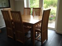 Oak extendable Dining table and 6 chairs