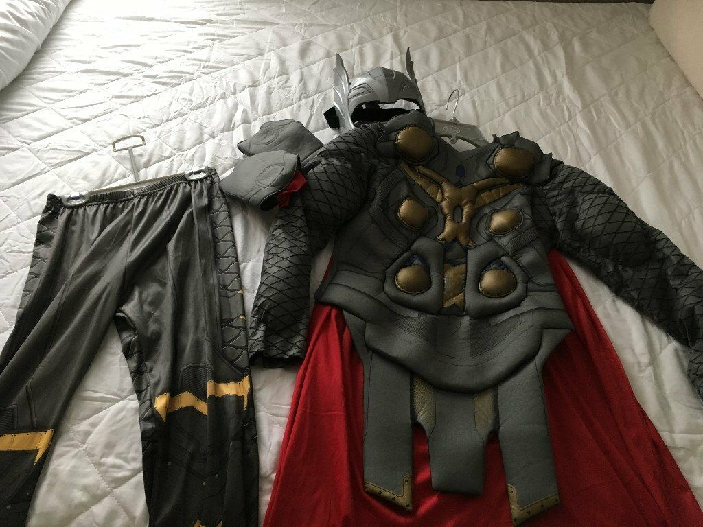 Boys Aged 9-10 Disney Thor Costume in excellent condition plus extra head piece