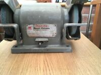 Makita bench grinder