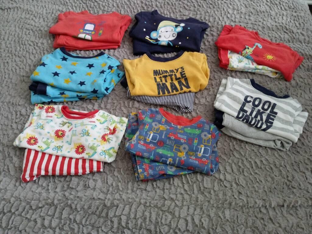 Boys Pyjama Sets x 8 (9-12 months)