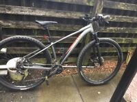 Specialized rockhopper pro mountain bike