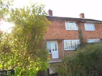 A 5 bedroom HMO house to let on Derwent Avenue, Marston.