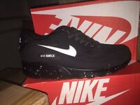 Brand new Nike Air Max 90s & Tns
