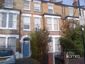 Large Top floor self contained One Bedroom Flat in Crouch End, N19
