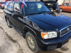 2004 Nissan Pathfinder Chinook Edition , DEALER RADE IN SPECIAL