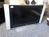 "32"" Philips flatscreen TV"