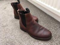 Men's Timberland Chelsea Boots Size 8W
