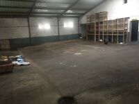 Commercial unit garage to let storage industrial use 2800sq ft
