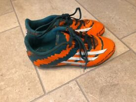 Football boots kids Adidas size 1