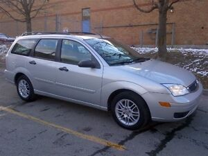 2006 Ford Focus ZXW, Leather & Sunroof, Mint Condition, No Rust!