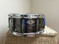"Pearl Sensitone Nickel on Brass Snare - 14"" x 6.5 "" , in top condition in Protection Racket case"