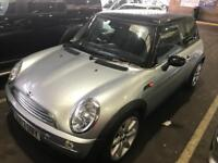 2004 Mini Cooper. Immaculate MOT. TAX. LEATHER. BMW FSH. NEW TYRES