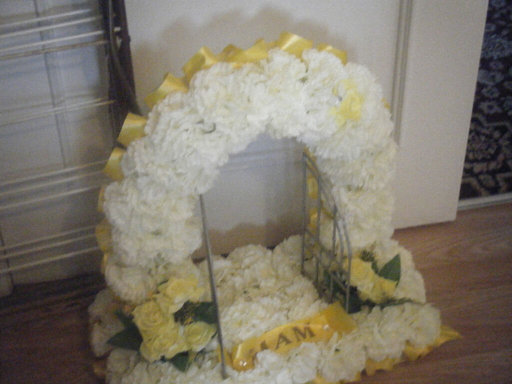 Artificial silk funeral flowers gates of heaven wreath memorial artificial silk funeral flowers gates of heaven wreath memorial tribute izmirmasajfo