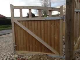 Wooden entrance gates - a pair of 6ftx6ft, great condition