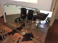 Salon clear out