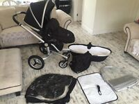 Silvercross surf 2 pram travel system with changing bag