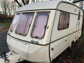 2 berth Swift cornice. Hot and cold water. I can deliver