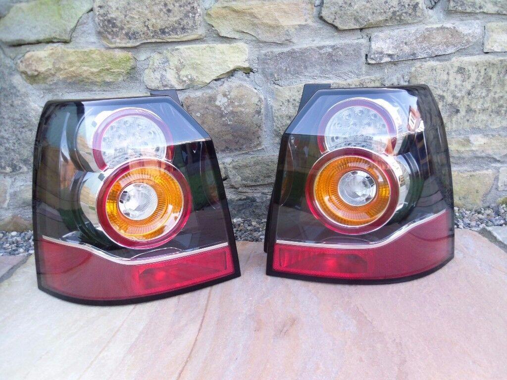 Pair of Genuine LR Freelander 2 Facelift Rear/Tail Lights