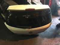 2007 vauxhall astra tail gate boot lid in white