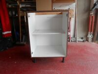 Brand new 600 mm wide base kitchen unit