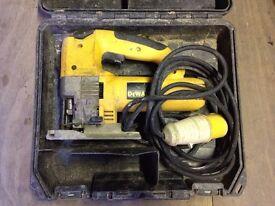 Dewalt DW321K 110v jigsaw inc case used condition