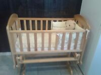 Baby cot and carrycot.30 pounds each.exellent condition.