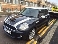 MINI COOPER S 1.6 HATCH 2007 FACELIFT BLACK WITH RED LEATHERS AND WHITE STRIP FULL MINI HISTORY!!