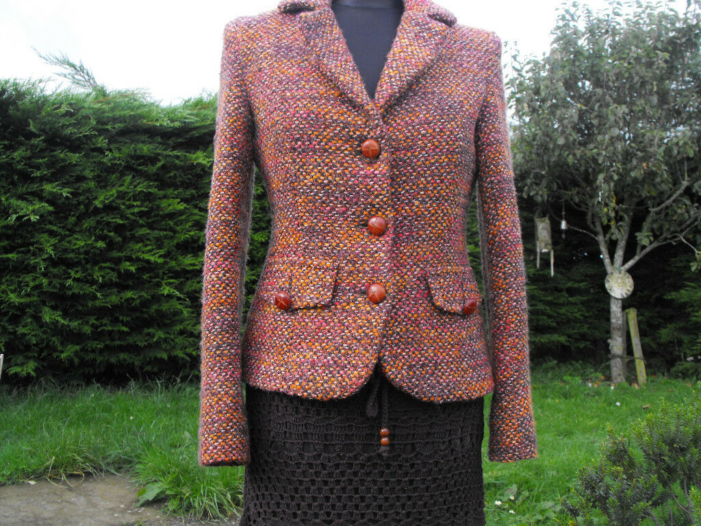 Lovely fitted and stylish jacket size 10 by MEXX of Madrid (Zara)