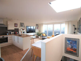 A Top floor 3 bedroom flat spread over 2 floors walking distance to Finsbury Park Tube Station