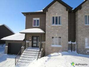 318 500$ - Jumelé à vendre à Jonquière Saguenay Saguenay-Lac-Saint-Jean image 1