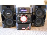 Sony stereo system CD & Radio player and MP3 with 30pin dock plus remote