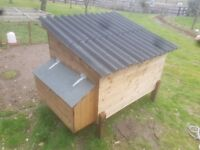 Hen House complete with Run SOLD