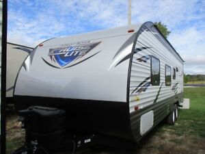 2018 FOREST RIVER CRUISELITE 261BHXL