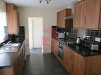 4 bedroom house in Saxony Rd, Kensington Fields